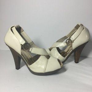MK vintage Leather Platform Sandals Size 6